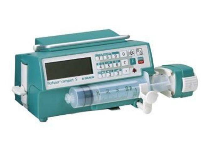 B BRAUN Perfusor Compact S Pompe de Seringues (Reconditionné)