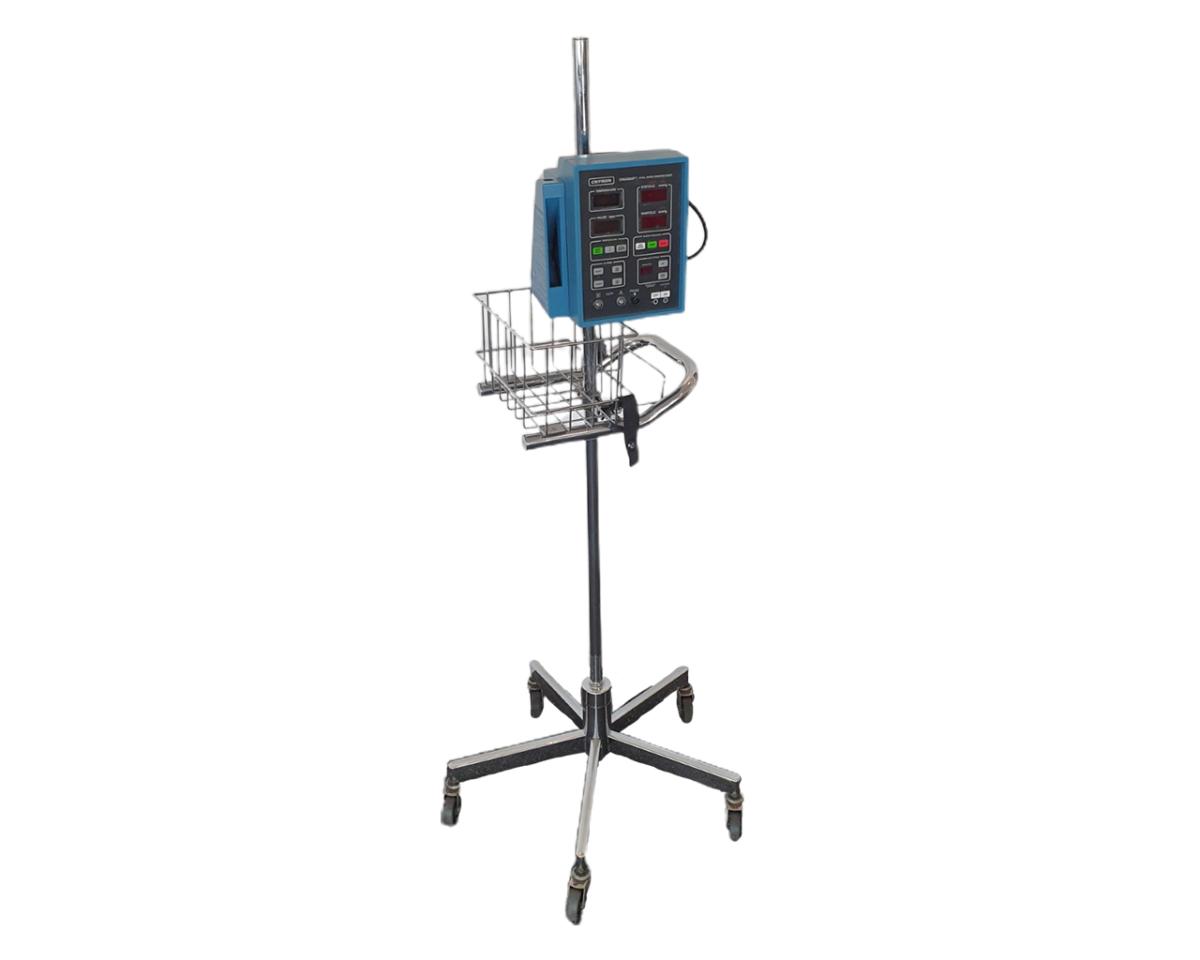 GE Critikon Dinamap 8100T Vital Sign Patient Monitor - Stand