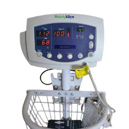 Welch Allyn 53N00 Patient Monitor (1)
