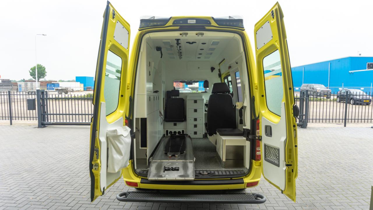 Mercedes-Benz Sprinter 319 CDI Ambulance
