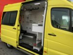 21005-Mercedes-Benz-Sprinter-319-CDI-Ambulance