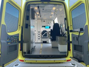 21055 Mercedes Benz 319 CDI Sprinter Ambulance – 2015