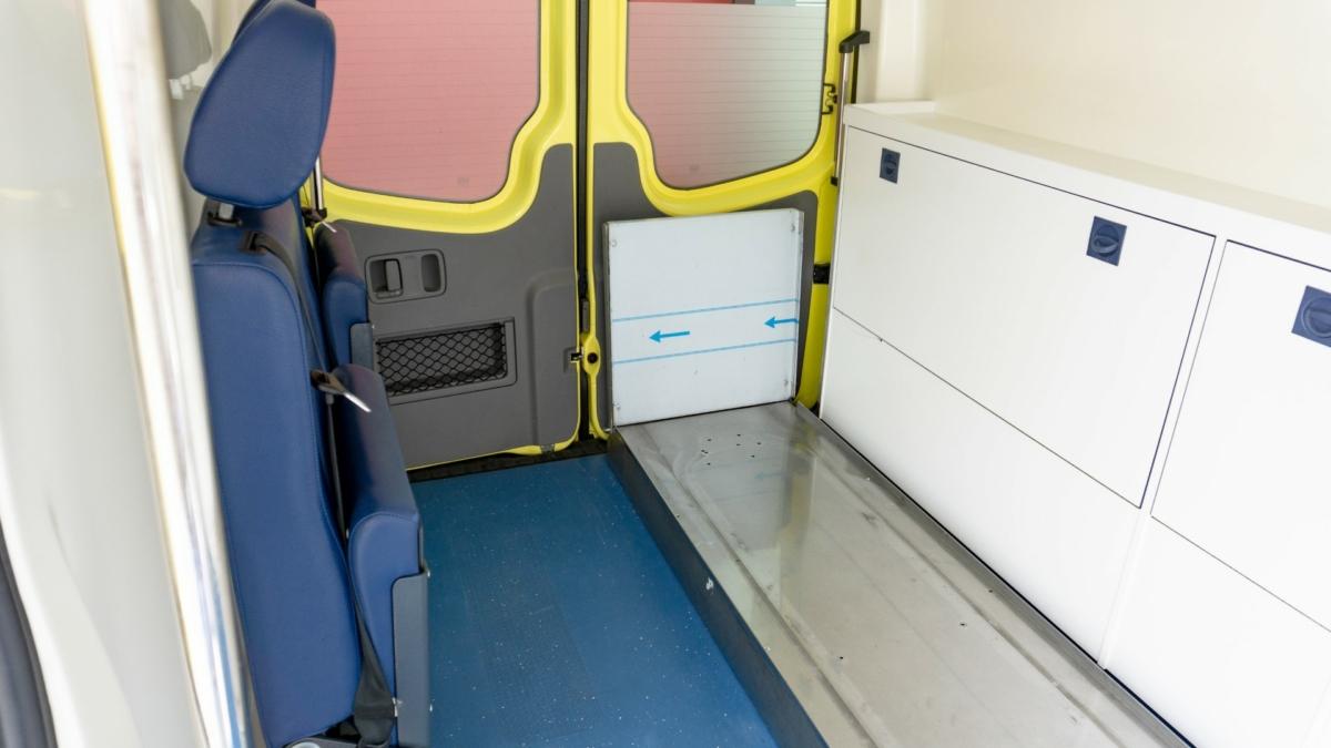Mercedes-Benz Sprinter 316 CDI Ambulance (15)
